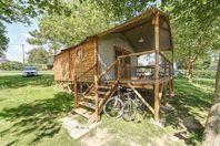 Le Conleau, Lodgen Hütte mit Terrasse