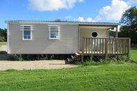 Domaine de Mesqueau, Mobile Home with Terrace