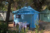 Le Mas de Mourgues, Stoffzelt ohne Sanitäranlage