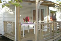 Les Iles d'Or, Mobile home with terrace