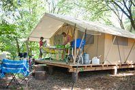 Huttopia Sarlat, Tente Toile et Bois