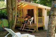 Les Lacs de Courtès, Wood and Canvas Tent without bathroom facilities