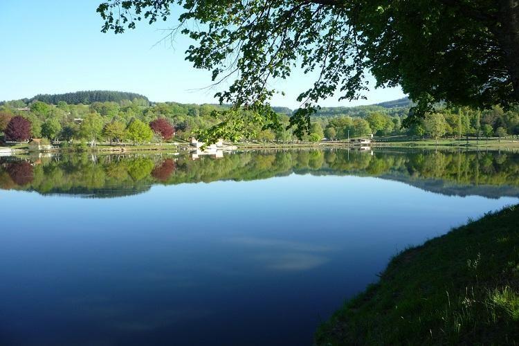 Camping Les Chanterelles - Le Lac