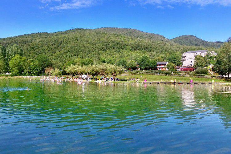 Village Le Sud Aveyron Brusque - Le lac