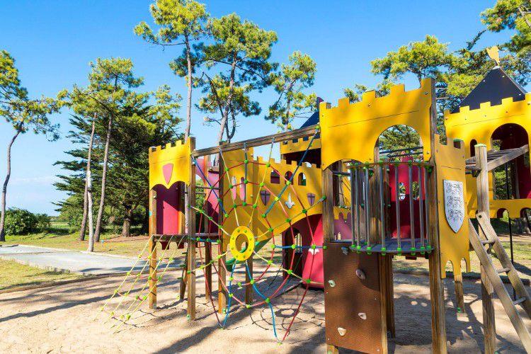 Camping Les Tamarins Plage - Aire de jeux