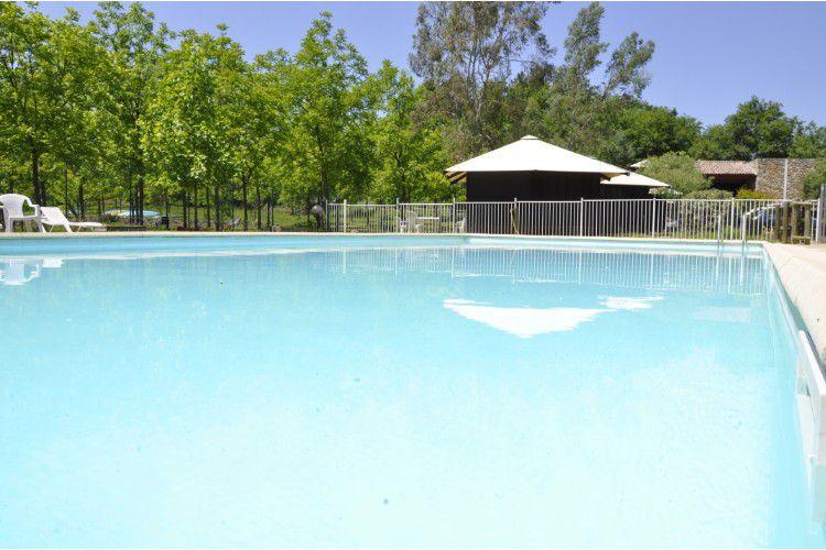 Camping Les Cabanes de Cornillon - Ceven'Aventure - piscine