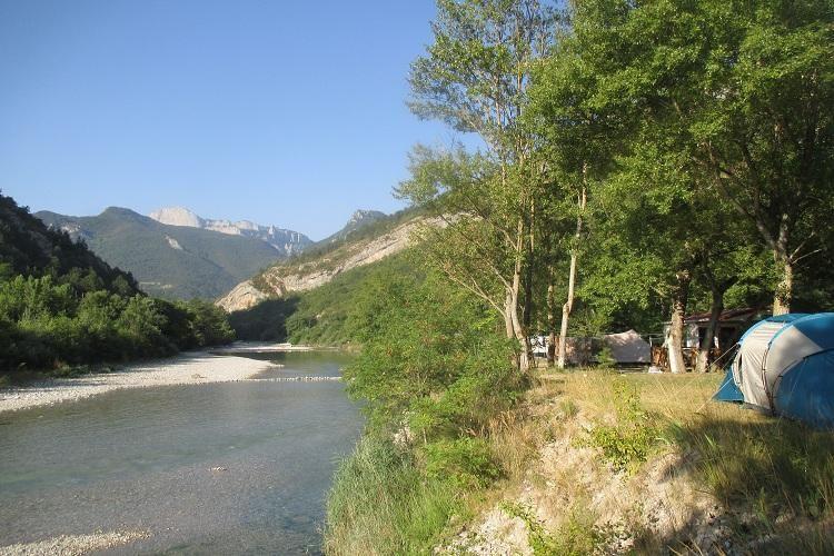 Camping Les Acacias - Rivière