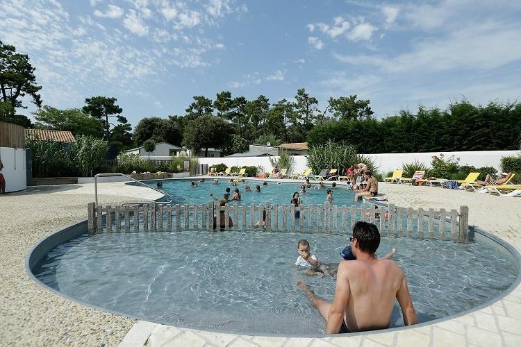 Camping Saint Tro'Park - Piscine