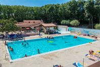 Camping verhuur Les Micocouliers