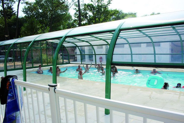 Camping Le Chenal - Piscine