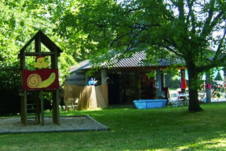 Camping Les Chambons - Aire de jeux