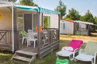 Domaine d'Arnauteille, Mobile Home with Terrace