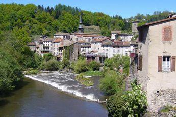 Camping Les Chelles - Auvergne