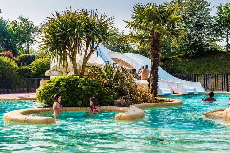 Camping Les Iles - Espace aquatique