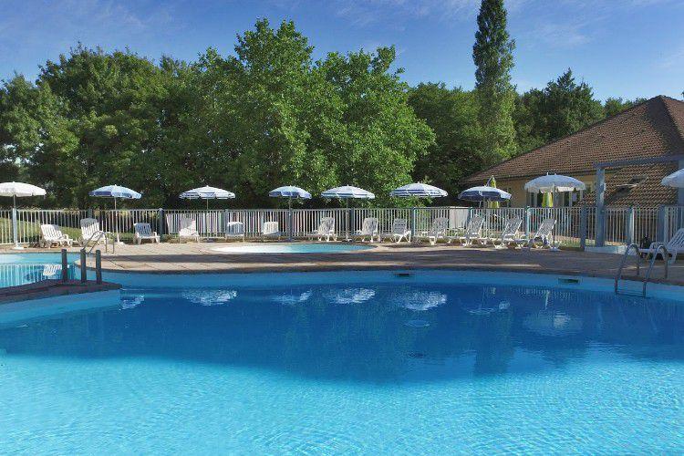 Village Club Bourgogne - Piscine