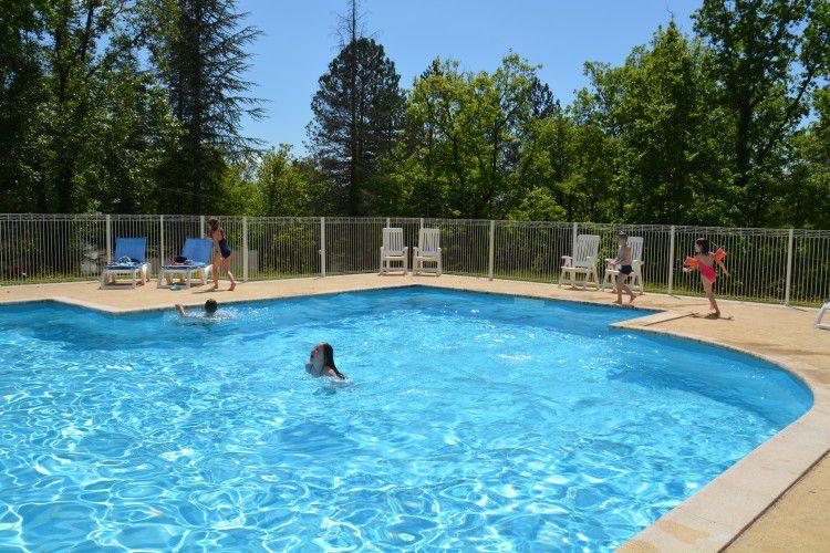 Centro de vacaciones Les Bois de Prayssac - piscine