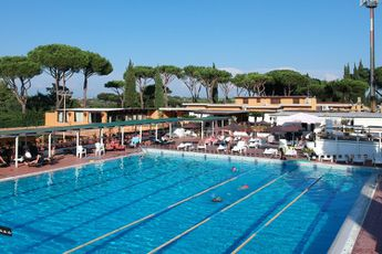 Campsite rental Real Village Roma
