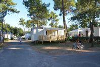 Le California, Mobilheim mit Terrasse (Preis für 5 Personen)