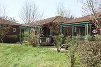 Les Portes du Beaujolais, Chalet mit Terrasse