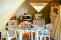 Ensoya, Tenda di tela senza impianti igienici