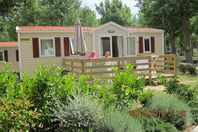 Domaine La Yole Wine Resort, Mobile Home with Terrace