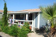 Hameau Les Cannisses, Chalet mit Terrasse