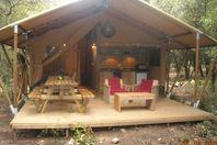 Mille Étoiles, Tente Lodge Toile et Bois (Tarif 4 personnes)