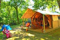 La Clairière, Wood and Canvas Tent without bathroom facilities