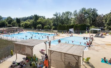 Camping De Boyse Tarifs Et Avis Camping 39300 Champagnole Camping And Co